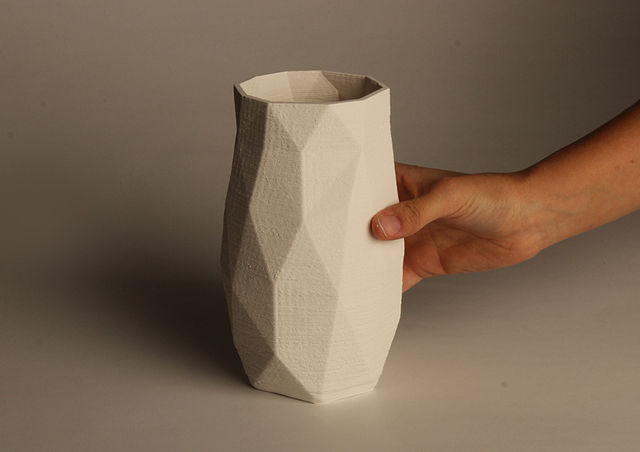 An example of a 3D printed ceramic pot using additive manufacturing
