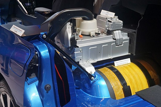Toyota Mirai electric battery and hydrogen pack